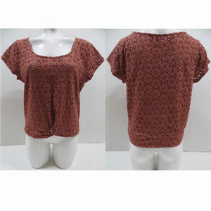American Eagle top XL embroidered eyelet knotted